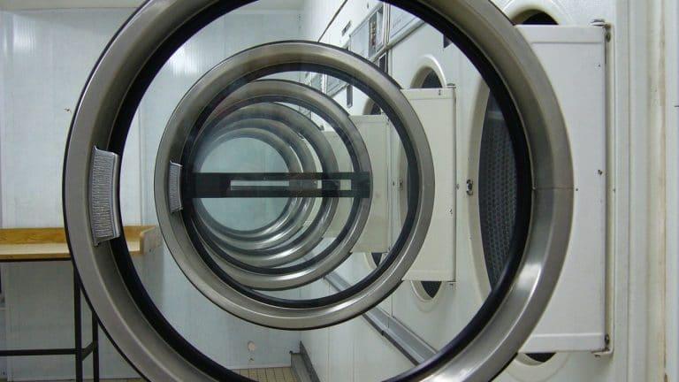 Investir dans une laverie automatique, les avantages