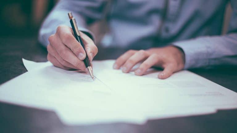 Comment faire traduire des documents officiels en plusieurs langues ?